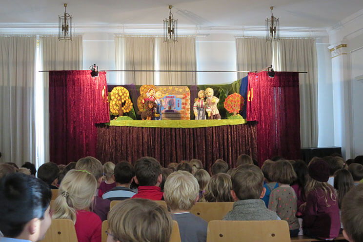 KIndertheater in der Stadtbibliothek